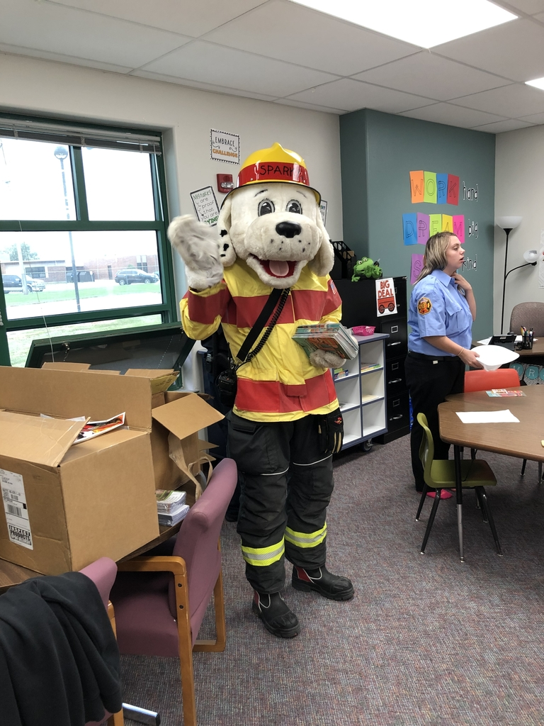 Sparky Visiting Wiley!
